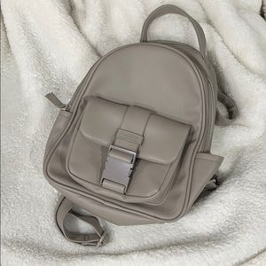 KENNETH COLE  great vegan friendly putty backpack